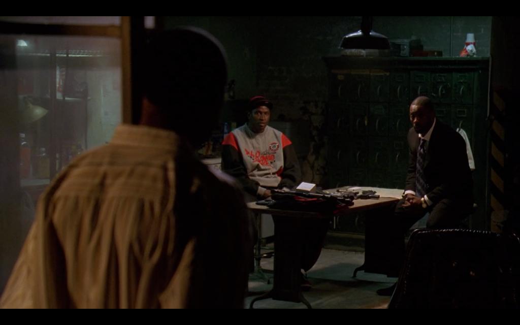 The Wire dizisinde uyuşturucu satıcıları bile kooperatif kurmuştu